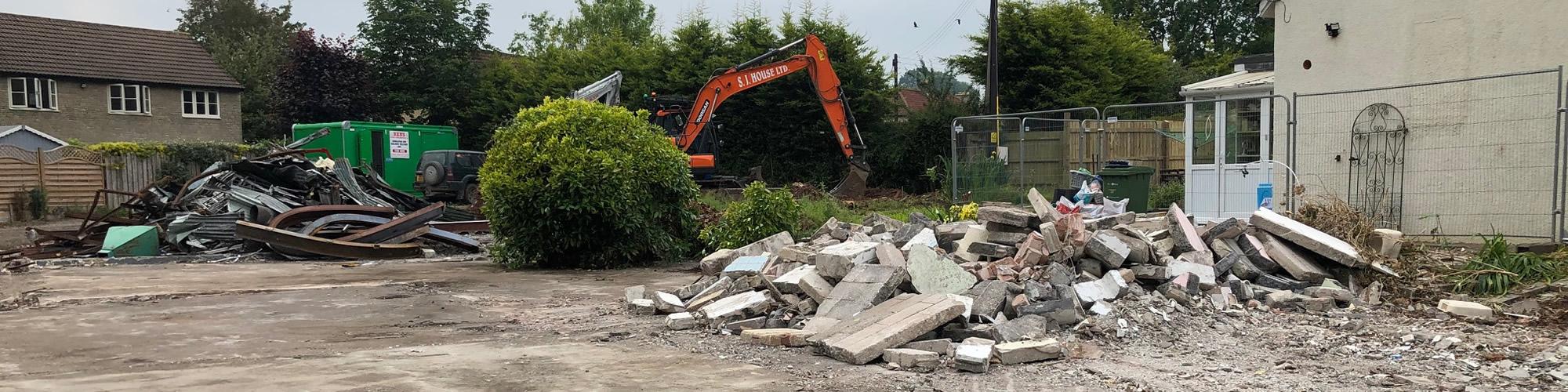 banner-demolition-of-petrol-station